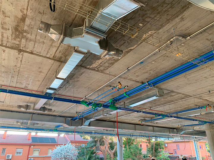 sistema de tuberías de polipropileno aquatherm blue pipe utilizado en los edificios premiados por la AEO, Asociación española de oficinas